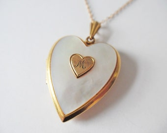 Vintage Gold Locket Vintage Heart shaped Locket Gold filled locket and chain Vintage Heart Locket Art Deco Locket 1940s Mother of pearl