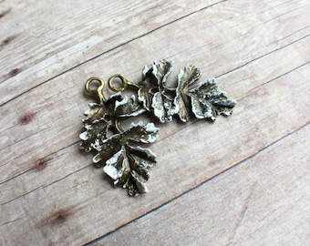 2 pcs Hand-painted snow frosted leaf charm, white paint over antique bronze tone alloy metal, 32x18mm