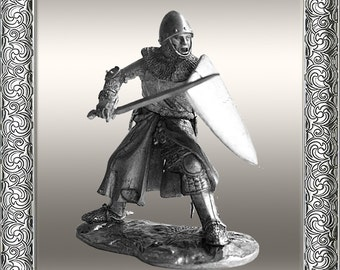 577 Tin soldiers 54mm WARRIOR   French Knight, 2nd 14th century