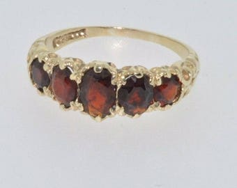 9ct yellow gold Victorian look garnet five stone ring size M