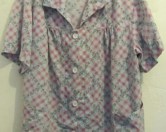 A Women's Vintage 80's,Short Sleeve ARGYLE Plaid HOUSEWIFE Type Top.22/24