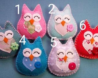 Handmade Felt Owl Brooch Teacher Gift Present End of Term Thank you