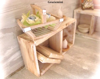Miniature basket - scale 1:12- Dollhouses miniatures