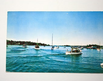Boats Leaving Boothbay Harbor Maine Postcard 1961 , Harbor postcard, Boats  postcard, BoothBay Harbor Souvenir