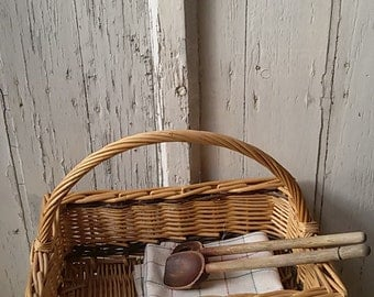 French / rectangular wicker basket / Vintage french basketball