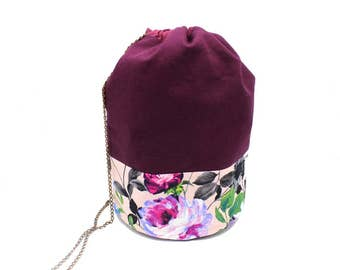 Pouch in plum and fabric cotton pale pink with flowers