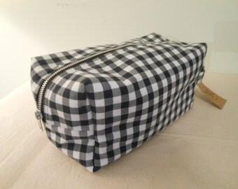 Cotton Gingham DOPP Bag