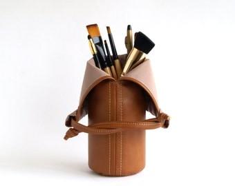 Makeup Brush Bag Travel Makeup Brush Holder Vegan Makeup Brush Pouch Brown makeup bag Makeup storage Travel Cosmetic Bag Organizer Vanity