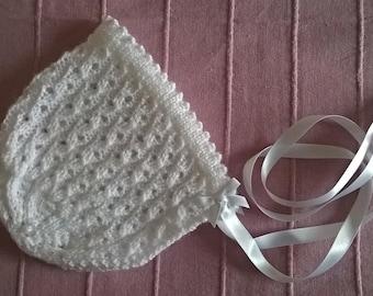 baby bonnet / lace baby bonnet/ white bonnet/ christening bonnet
