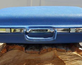 Vintage Mountain Blue Concord O'Nite Hard Case Luggage