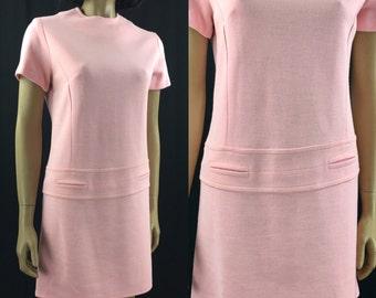Vintage 1960s Mod Mini Dress Womens Medium 60s Pink Shift Dress by Dixie Deb Twiggy Dress Short Sleeve Skirt  knit Stretch
