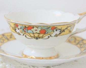 Vintage English Bone China Teacup and Saucer, Flower Basket Decor, C Hoyng