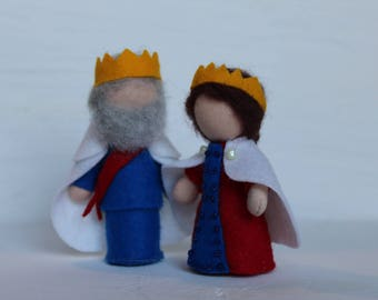 King// Queen // Gift From Tooth Fairy // Pocket Doll // Miniature Doll // Waldorf toy // Table Nature //