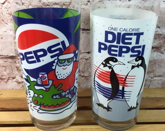 Vintage Set of 2 Pepsi Promotion Christmas Santa On a Beach and Diet Pepsi Penguins drinking glasses tumblers 16oz
