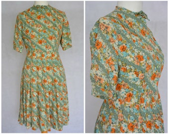 Vintage Retro 1960s Crepe Floral Pleated Dress Green and Orange Size 12 M