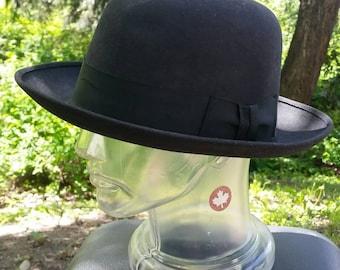 1950s DOBBS Fifth Avenue Fedora, Bowler, Felt Hat, Vintage Dobbs, Vintage Hat with Ribbon Brim. 7 3/4.