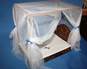 Canopy bed for Blythe or similar