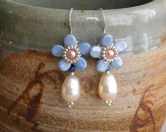 Beading Earrings Tutorial, Beaded Pattern, Violet Earrings Tutorial, Pip Bead, Beadweaving, Flower Earrings, Swarovski, Bridesmaid, PDF