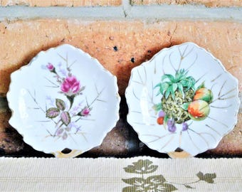 Japanese vintage 1960s porcelain leaf-shaped pin, trinket dishes, butter pats, fruit and floral designs, high tea