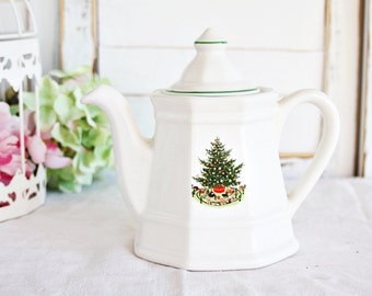Pfaltzgraff Christmas Heritage Teapot - Holiday Teapot, Christmas Teapot, Pfaltzgraff Teapot, Tea Party Teapot, Festive Teapot