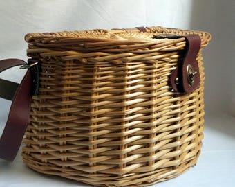 Picnic basket / fishing vintage Wicker / leather strap / popular french / gift original woman man / walk campaign