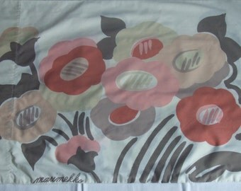 Vintage Marimekko Pillowcase. Signed. Soft Colors.  No Iron Percale. Used. Standard Size.