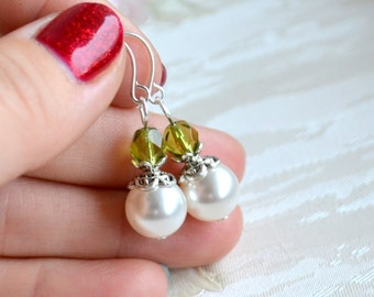Green bridesmaid jewelry Bridesmaid gifts Olive Green bridesmaid earrings Light green Bridesmaid Gift set of Swarovski earrings for weddings