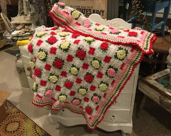 Vintage Afghan in Gorgeous Condition