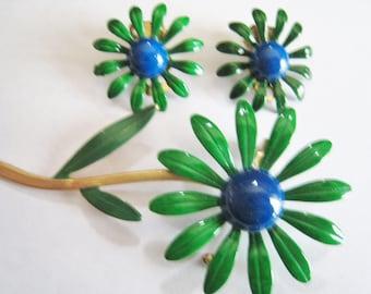 Green Metal Flower Pin & Clip Earrings