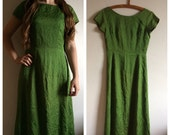 Beautiful silk genuine vintage 60s long GREEN gown