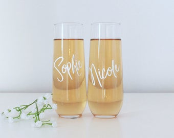 Two Personalised stemless flutes, Bride and Groom glasses, Toasting Set, personalised wedding gift, Stemless Flutes, Bridesmaid gift, couple