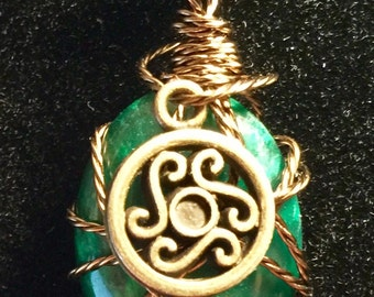 Wire wrapped Green cabochon pendant
