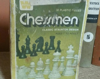Whitman Chessmen 32 Plastic Classic Staunton Design Chess Pieces/Complete 32 Set/Board Not Included/Collectible Game Pieces/Vintage 1974