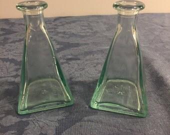 Cruets, Oil and Vinegar Bottles, Vetreria Etrusca Oil and Vinegar Green Cruets (set of 2)