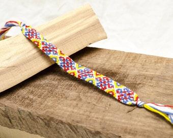 Celtic Knot Pattern Friendship Bracelet