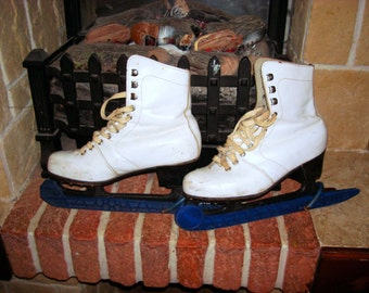 Old skates  White leather skates Girls vintage skates Soviet skates Winter holiday decor