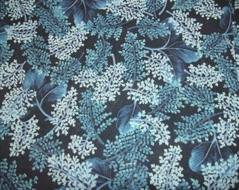 Blue floral quilting fabric/100% cotton/HIGH QUALITY
