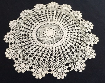 Vintage Round Ivory Lace Doily. Crocheted Ivory Colour Cotton Lace Doily. RBT1053