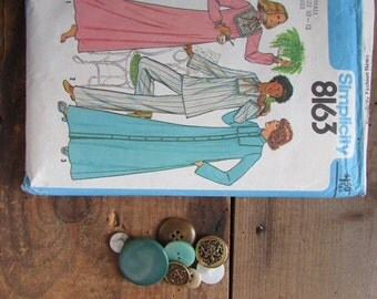 Simplicity 8163 Vintage Robe Sewing Pattern Size SMall
