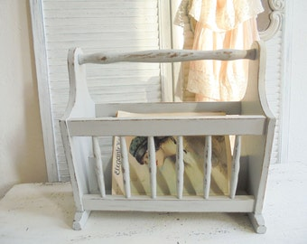 Magazine rack stoned grey Shabby Chic