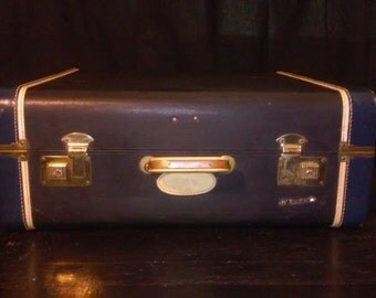VINTAGE WHITE STAR Suitcase With Monogram