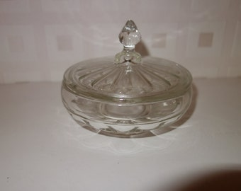 1923 Glass lidded pot