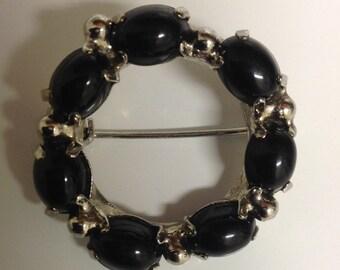 Vintage Brooch | Vintage Black Silver Circle Brooch | Black Bead Circle Pin | Vintage Jewelry