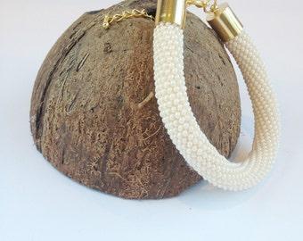 Handmade bracelet, bead crochet bracelet, Beaded bracelet, Seed Bead bracelet, Gift for her, beige bracelet