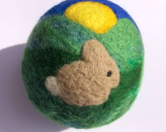 Spring needle-felted ball with bunnies and daffodils