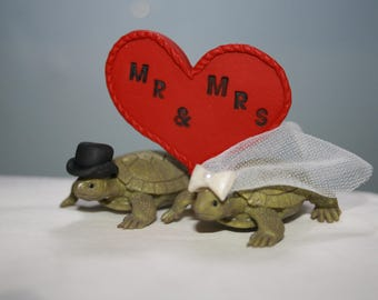 Turtle Cake Topper - Wedding Cake Topper - Animal Cake Topper - Personalized - Cute Cake Topper - Fun Cake Topper - Custom Cake Topper