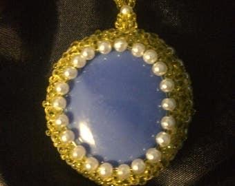 Yellow pearl pendant