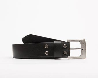 Handcrafted leather belt // Michigan
