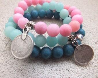Pastels stretch bracelet Boho Chic bracelets Stretch bracelet Set of 3 Elastic beaded bracelets Moroccan style coins