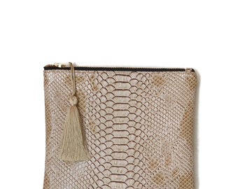 Small zipped Pocket made in France, comodo imitation reptile leather taupe